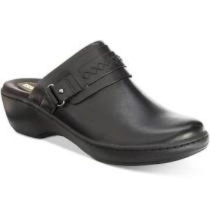 Clarks Collection Leather Slip-on Clogs - Delana
